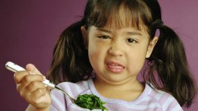 Tips για να κάνετε τα παιδιά σας να αγαπήσουν τα όσπρια