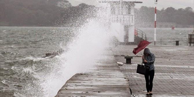 ΚΑΚΟΚΑΙΡΙΑΣ ΣΥΝΕΧΕΙΑ: ΔΕΙΤΕ που θα πέσουν βροχές, καταιγίδες μέχρι και ΧΙΟΝΙΑ!