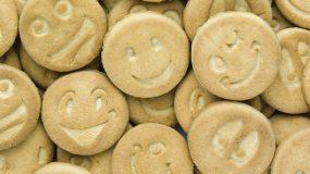 Φτιάξε χαμογελαστά μπισκότα και ξετρέλανε τα παιδιά!