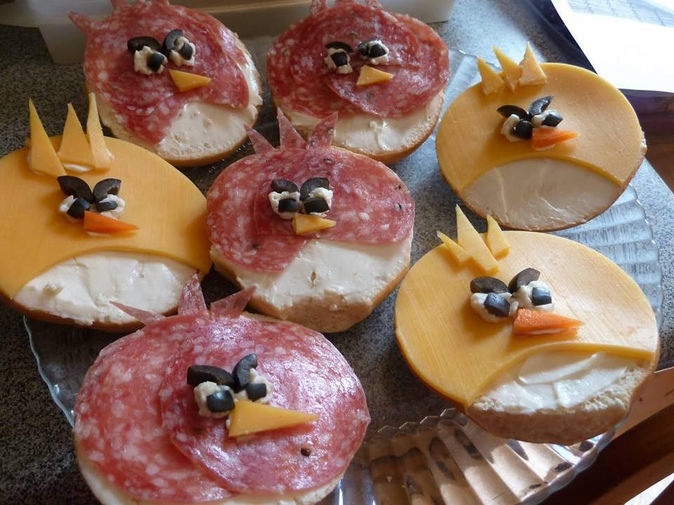 Как вкусно приготовить бутерброды на день рождения