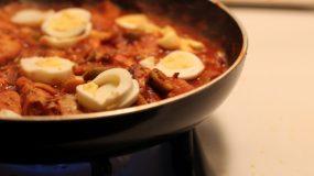 Δε πεταμε τιποτα!ΙΣυνταγές με τα κόκκινα Πασχαλινά αυγά που περισσευσαν