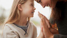 Η αγάπη της μητέρας επηρεάζει το μέγεθος του εγκεφάλου των παιδιών