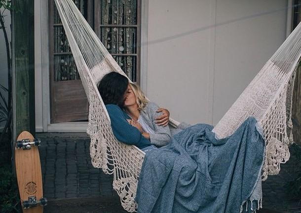 Οι πραγματικοι έρωτες δεν κοιμηθηκαν ποτε σε ξένα χέρια!