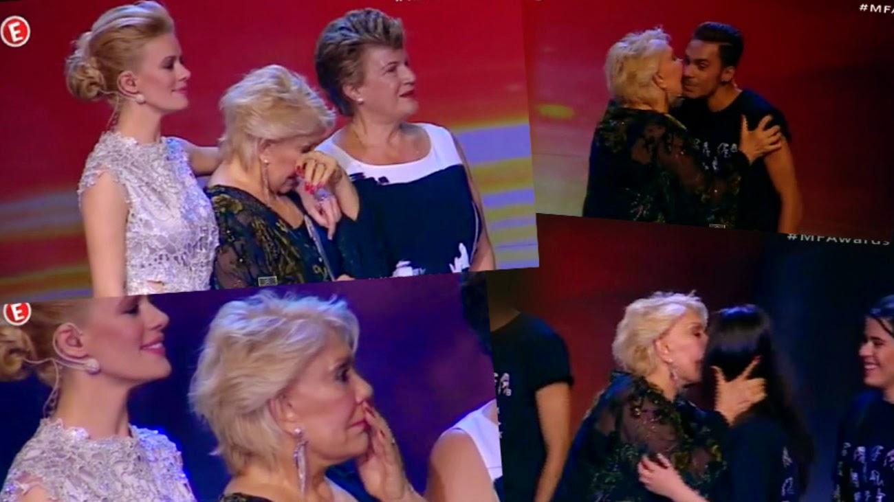 Η Μαρινέλλα κλαίει ακούγοντας κωφά παιδιά να ερμηνεύουν τραγούδι της! Η απόλυτη συγκίνηση της.ΒΙΝΤΕΟ