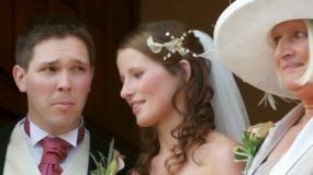 Κράξτε μαζί μας: Τέτοια νύφη μη σου τύχει και έτυχε σε μένα πανάθεμα την!
