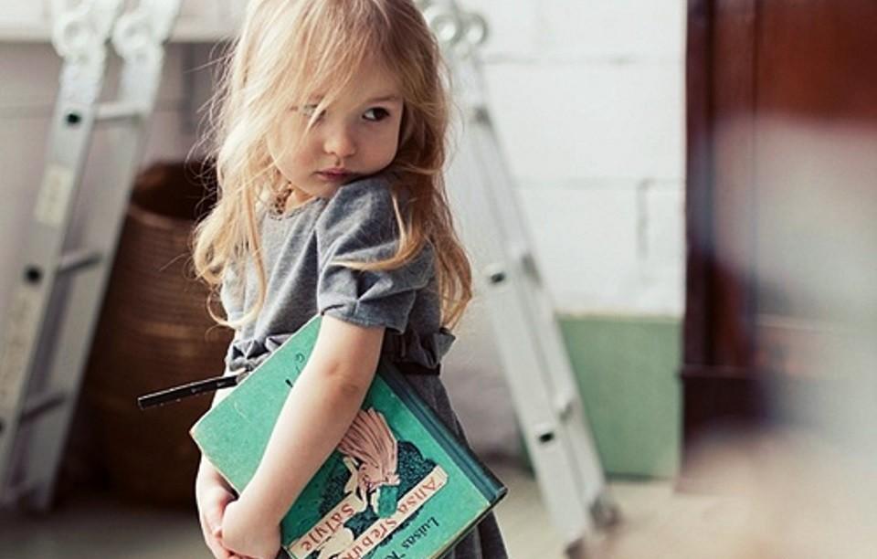 Το παιδί φοράει ζακετούλα…όταν κρυώνει η μαμά του