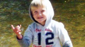 Aπίστευτη τραγωδία:Σκότωσε με το αυτοκίνητό της τον 3χρονο γιο της, την ώρα που πάρκαρε