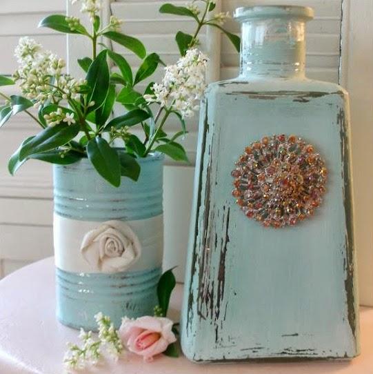 Φτιάξε μόνη σου υπέροχες και άκρως καλοκαιρινές διακοσμητικές κατασκευές με μπουκάλια. DIY