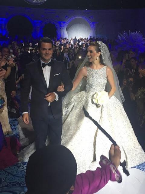 Ο πιο χλιδάτος γάμος που έχετε δει ποτέ: Έγινε στη Βουλιαγμένη, κόστισε 5.000.000 ευρώ και θύμιζε σκηνικό από ταινία του Hollywood