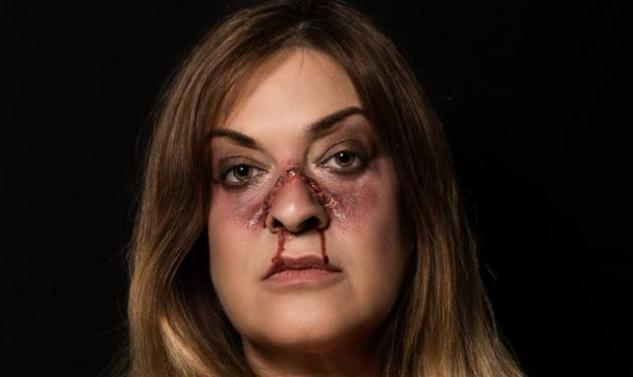 Mήνυμα κατά της κακοποίησης των γυναικών στέλνει ο Γιάννης Μαρκετάκης με τη μεταμόρφωση 10 celebities(PHOTO)