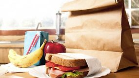 Τι θα φαει το παιδι στο σχολειο; 10 διαφορετικα μενου που θα σας λυσουν τα χερια