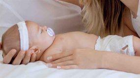 Ο πασίγνωστος Έλληνας celebrity μας συστήνει τη νεογέννητη κορούλα του