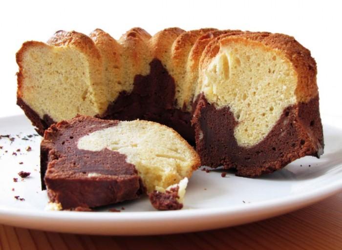 Όλα σε 4!To πιο εύκολο  ανάμεικτο κέικ απο την Ελένη Μακροδημήτρη