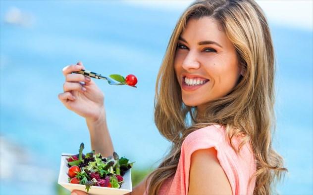 Χάστε εως 6 κιλά σε 1 μήνα με τη δίαιτα της σαλάτας!