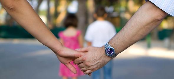 Πώς να δείχνετε στα παιδιά σας ότι αγαπιέστε