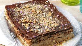 Μπισκοτογλυκό με μπανάνες κρέμα και σοκολάτα από την Αργυρω Μπαρμπαρίγου
