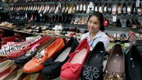 ΠΡΟΣΟΧΗ με τα κινεζικα ρουχα!Μπορεί οι τιμές τους να είναι ελκυστικές , το τίμημα ίσως να είναι πολύ ακριβό