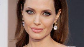 Το συγκινητικό μυστικό πίσω από την δυναμική Angelina Jolie
