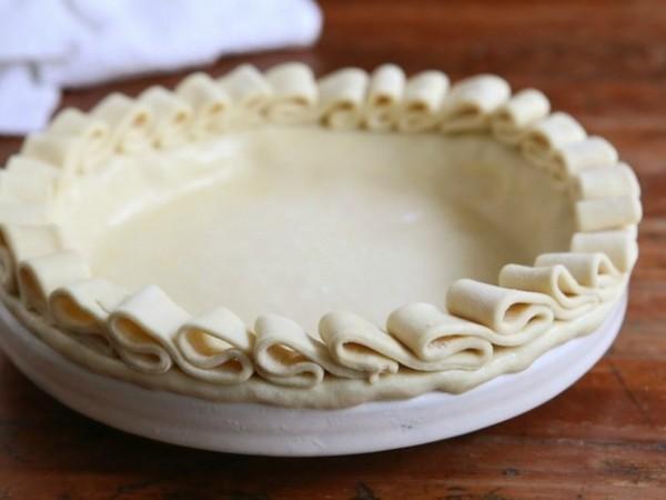DIY-Pie-Crust-Ideas-That-Will-Make-You-Look-Like-A-Professional17jpg-e1441817174491