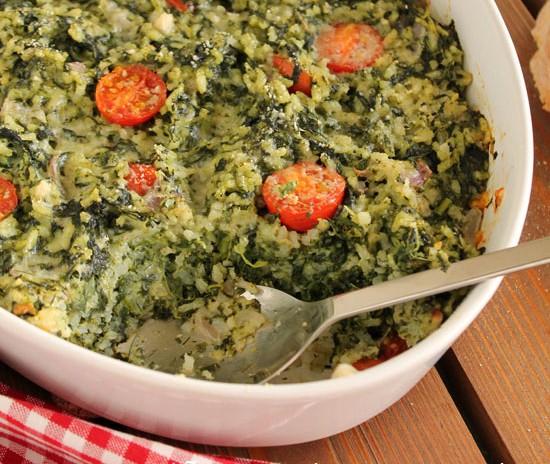 Συνταγή για παιδιά:Σπανακόρυζο φούρνου με σάλτσα φέτας