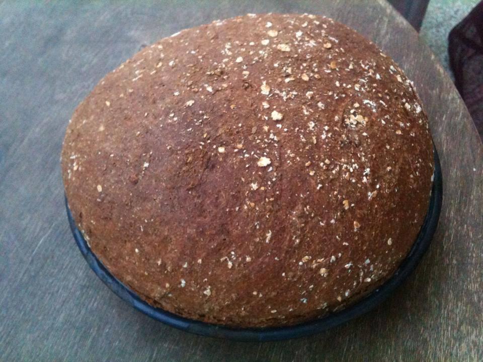 Σπιτικό ψωμί ολικής άλεσης, με βρώμη