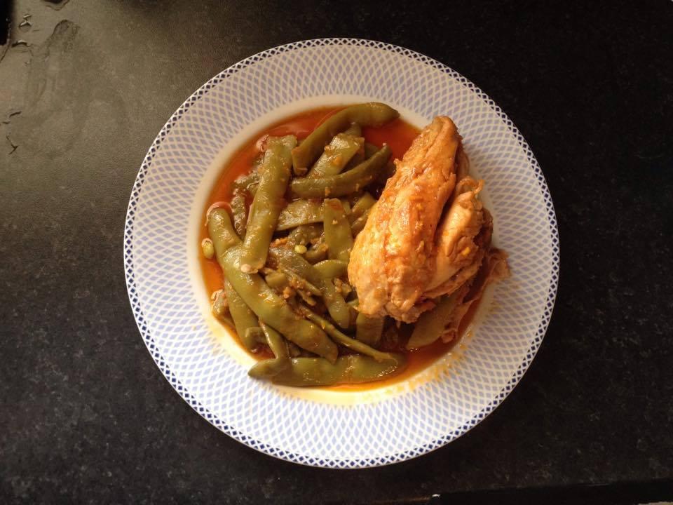 Συνταγή για Φασολάκια με κοτόπουλο.