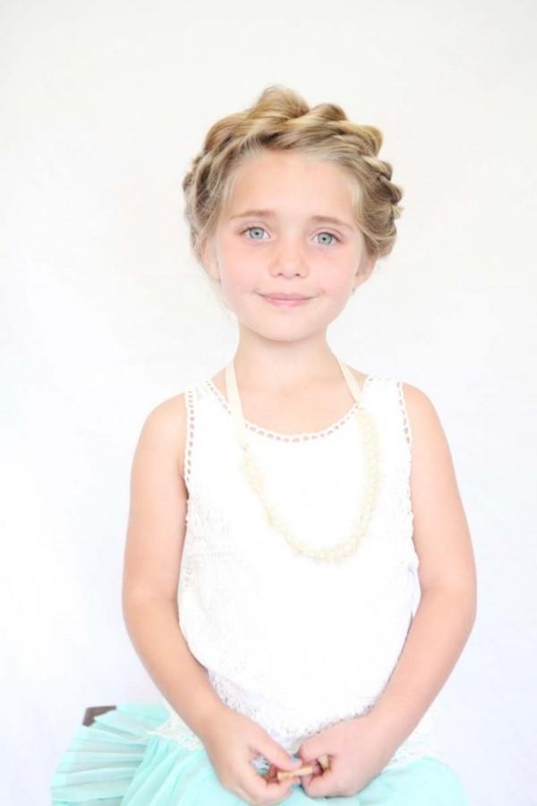 12 χαριτωμένα χτενίσματα κατάλληλα για τις μικρές σας πριγκίπισσες