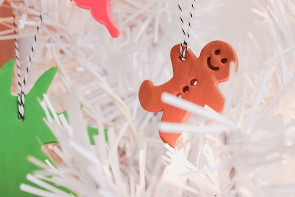 cookie-cutters-make-ornaments
