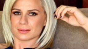 Κατερίνα Καραβάτου: Δείτε τη να ποζάρει με τη φουσκωμένη  κοιλίτσα της