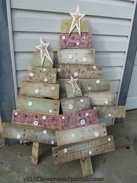 pallet-wood-trees-home-talk