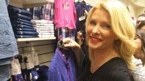 Ελένη Μενεγάκη: Ψώνισε χθες ρούχα για την κόρη της! Φωτογραφίες