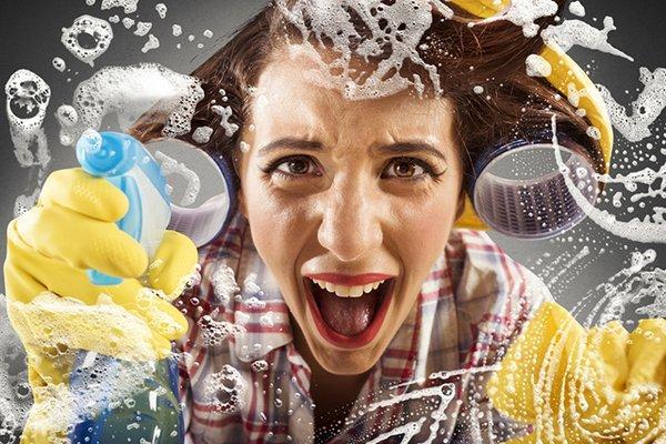 5 πράγματα που σκέφτονται όλες οι μαμάδες όταν καθαρίζουν!