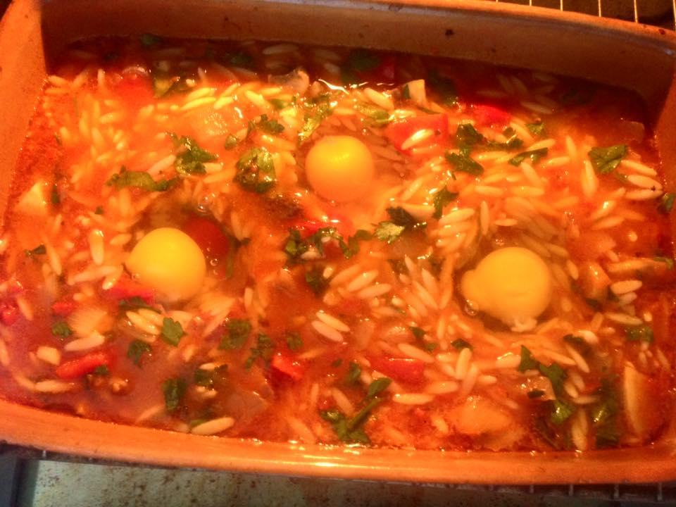 κριθαρακι με αυγα