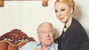 Πατέρας στα 84 ο Κώστας Βουτσάς - Έγκυος η σύντροφός του Αλίκη!