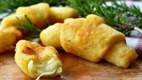 Κρουασάν πατάτας γεμιστά με τυρί!