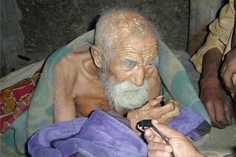Ινδός 179 ετών, με πιστοποιητικό γέννησης το 1835 – Εχουν πεθάνει ακόμη και τα εγγόνια του