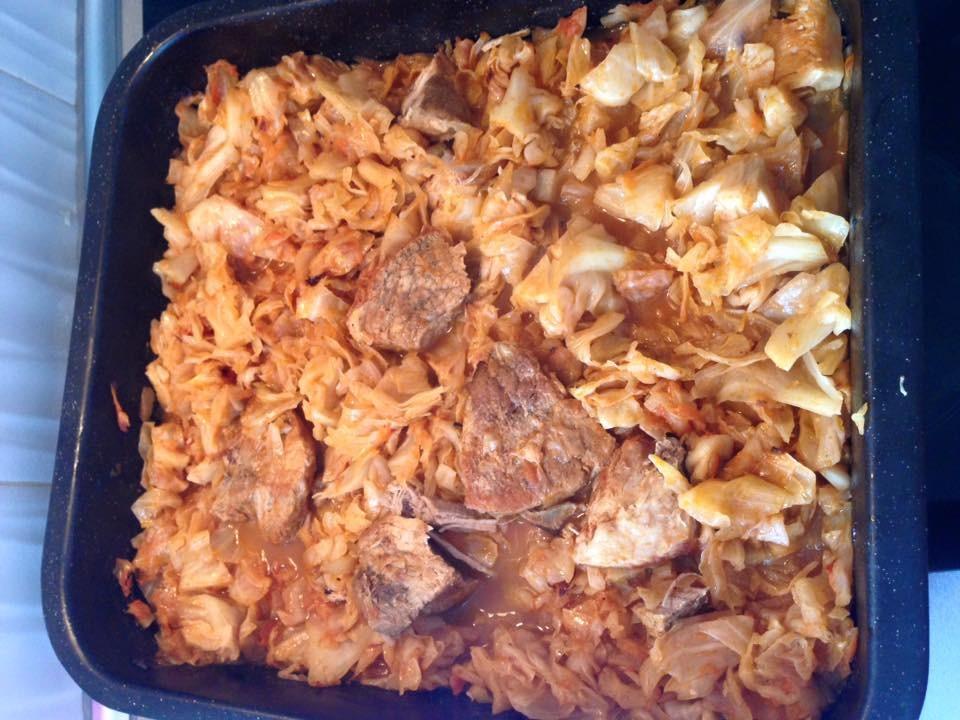 Λάχανο με χοιρινό στον φούρνο