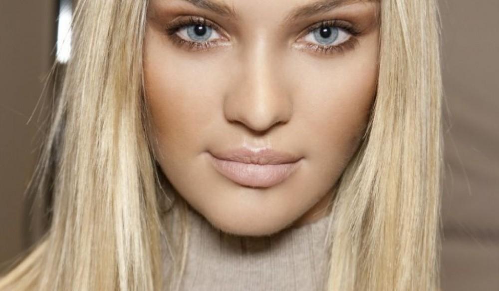 ΔΕΙΤΕ 25  ιδέες  για εύκολο καθημερινό μακιγιάζ