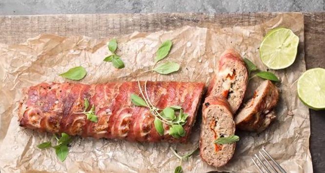 Ρολό κιμά με μπέικον και τυρί απο το Δημήτρη Σκαρμούτσο!