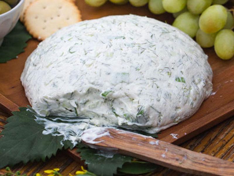 Σπιτικό τυρί  κρέμα με κρεμμυδάκια και άνηθο