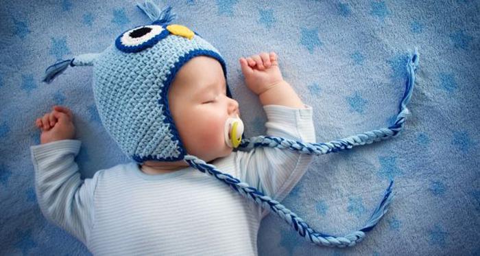 Οδηγίες για ασφαλή ύπνο του μωρού τις κρύες νύχτες του χειμώνα
