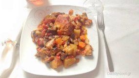 Χοιρινό με λαχανικά ( τουρλού) στο φούρνο