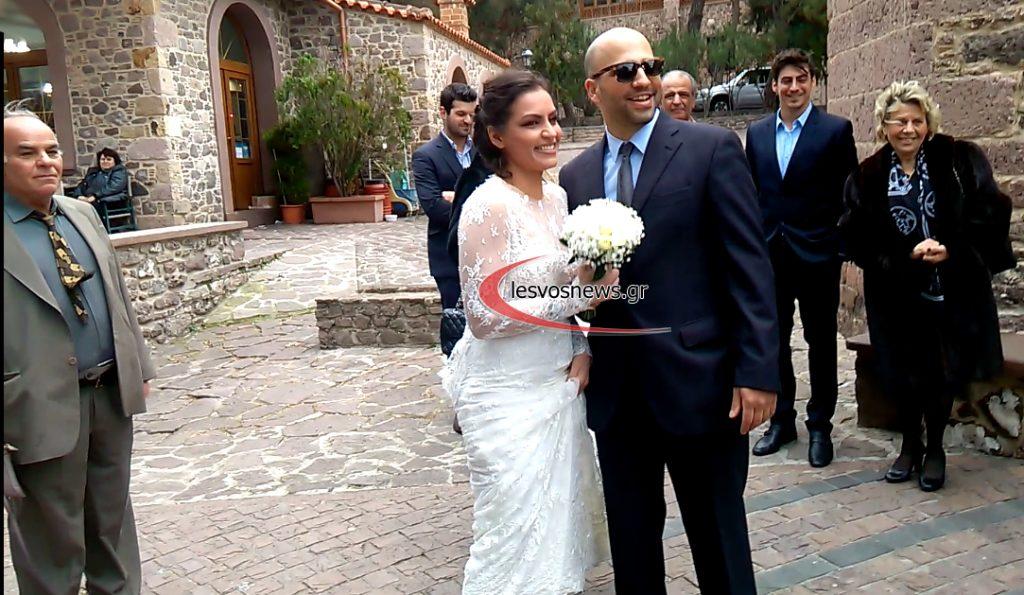 Παντρεύτηκε Ελληνίδα τραγουδίστρια ανήμερα του Αγίου Βαλεντίνου!