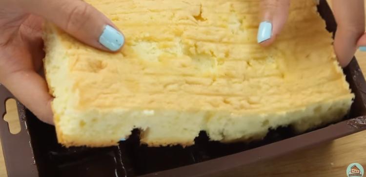 Πως να μετατρέψετε ένα απλό κέικ σε σοκολάτα έκπληξη