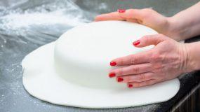 Συνταγη για ζαχαρόπαστα με γλυκερίνη