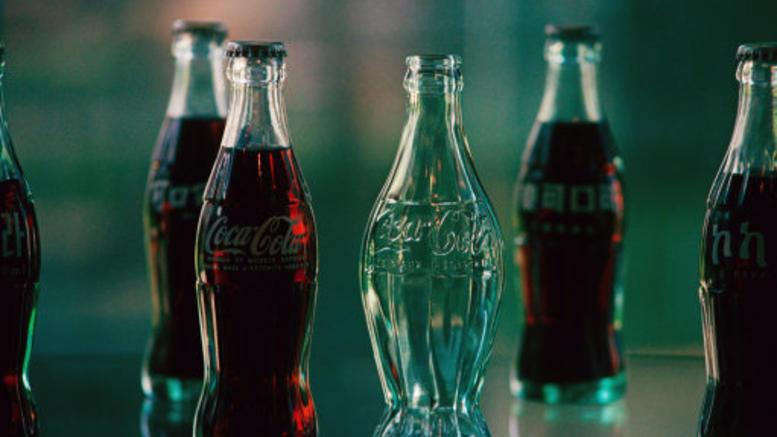 Αυτός είναι ο λόγος που η Coca Cola σε γυάλινο μπουκάλι είναι πιο νόστιμη