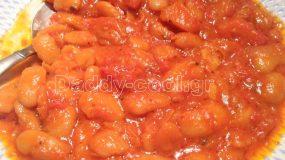 Φασόλια κοκκινιστά με πιπεριές φλωρίνης