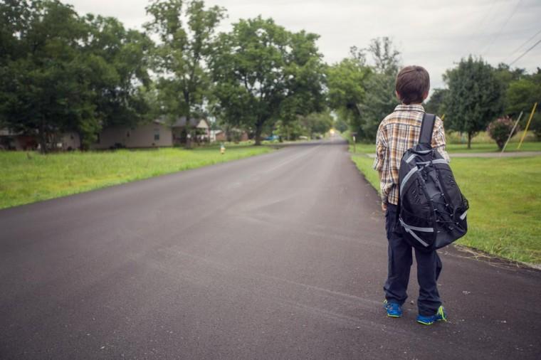 Ο 13χρονος Κωνσταντίνος και ο 8χρονος Γιώργος έφυγαν από το σπίτι αφού τσακώθηκαν με τον μπαμπά...