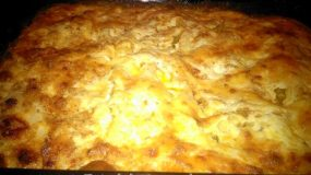 Κανελόνια με τυρένια μπεσαμέλ