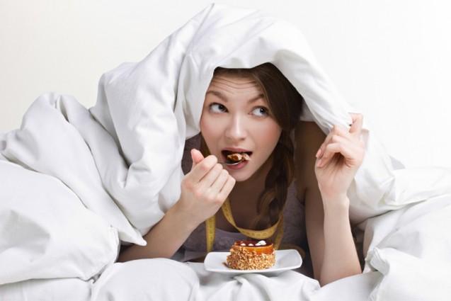 Τέλος οι τύψεις για το βραδινό φαγητό- H νέα δίαιτα της νύχτας θα φέρει τα πάνω- κάτω!